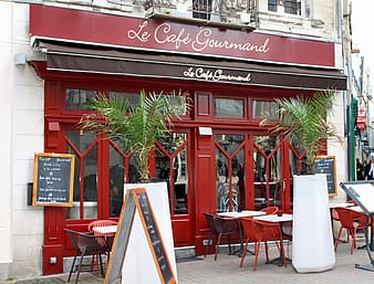 Le Cafe Gourmet store