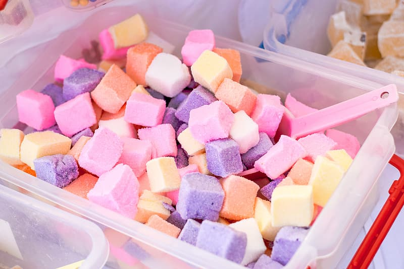 Marshmallow fill in container