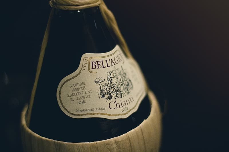 2007 Bell'Agio chianti bottle close-up photo