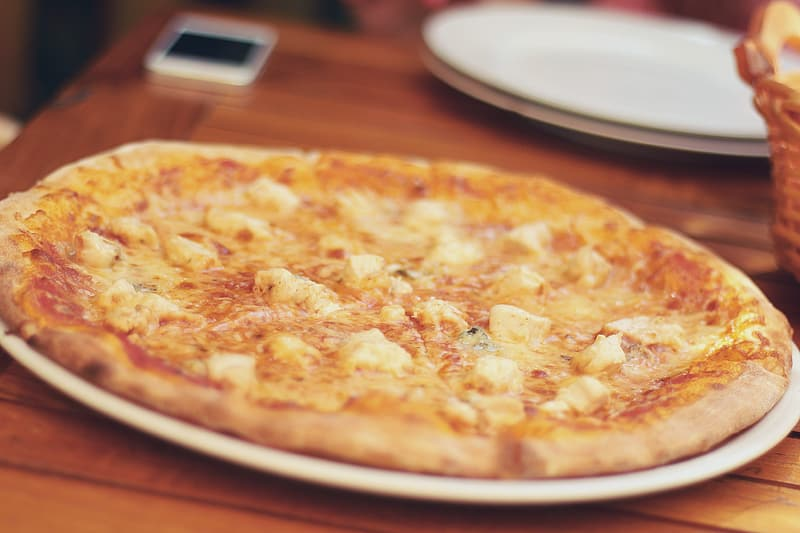 Close-up photo of cheese pizza