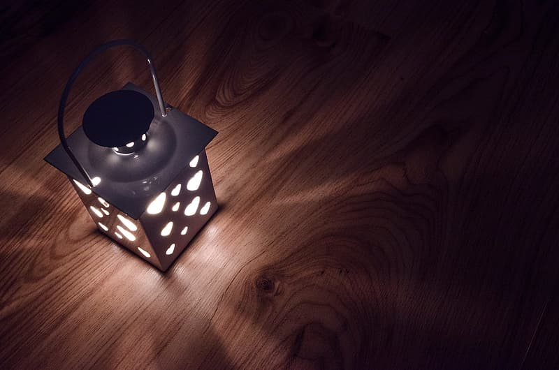 Square white steel table lamp