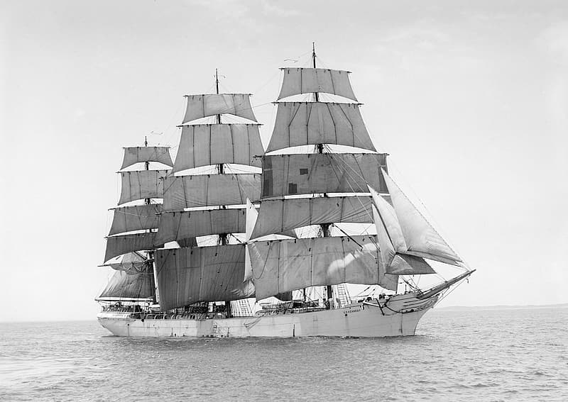 Gray ship on body of water