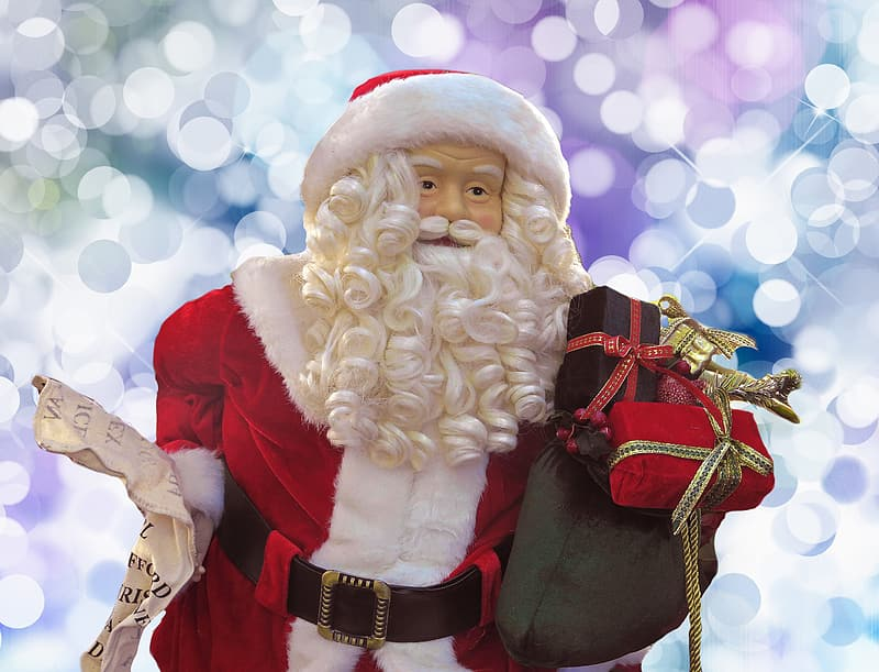 Sta Claus holding gifts