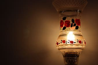 Red glass floral lamp