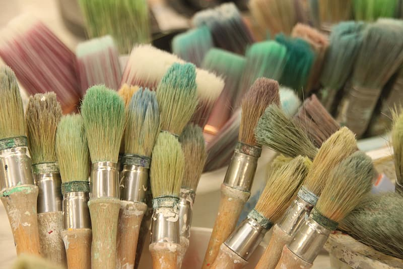Brown paint brush lot