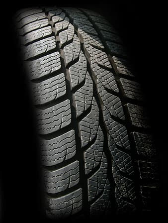 Directional tread vehicle tire