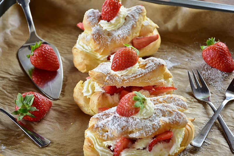 Bread with strawberry toppings