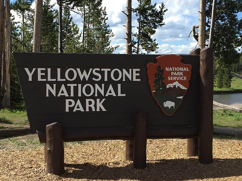Yellowstone National Park, Sign