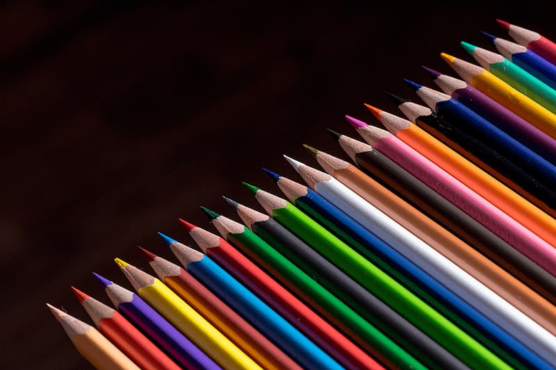 Portrait photo of assorted-color pencil lot