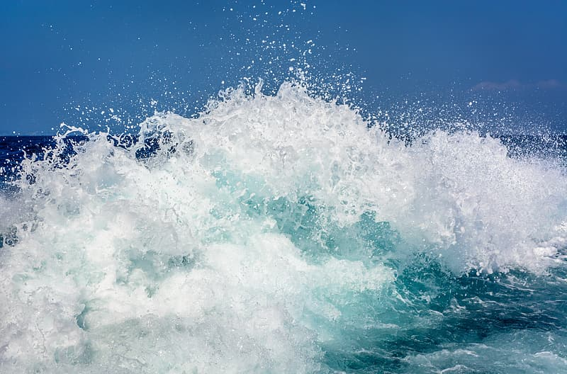 White and blue ocean wave photography