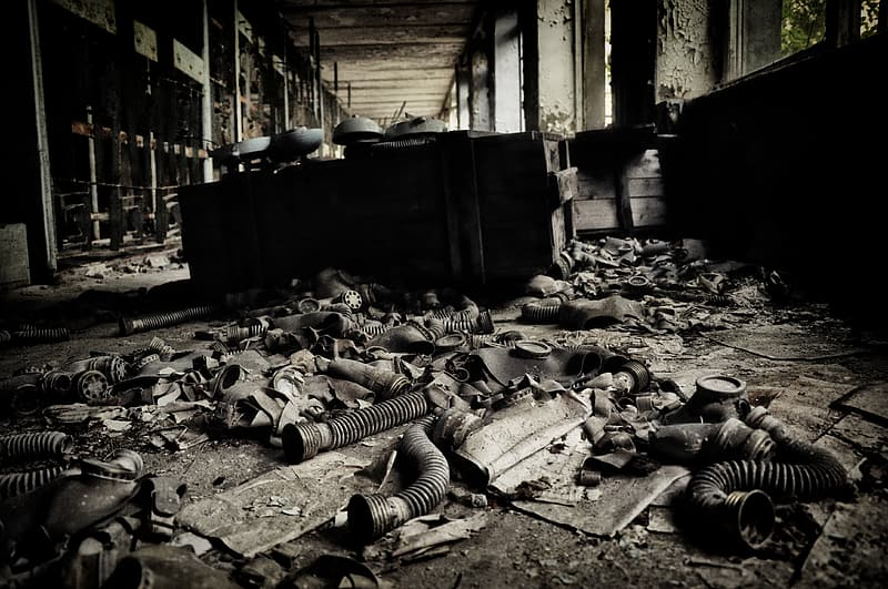 Grayscale photo of abandon building