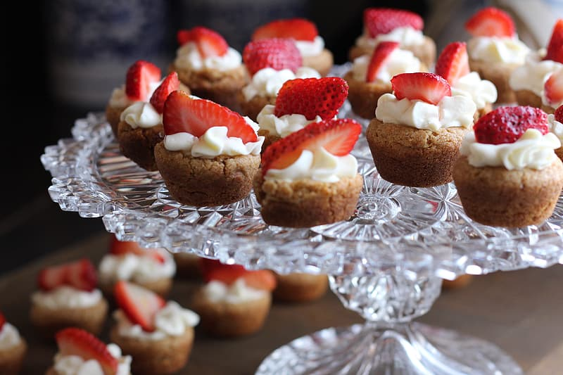 Cupcake with strawberry toppings
