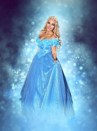 Woman wearing Disney Frozen Elsa dress
