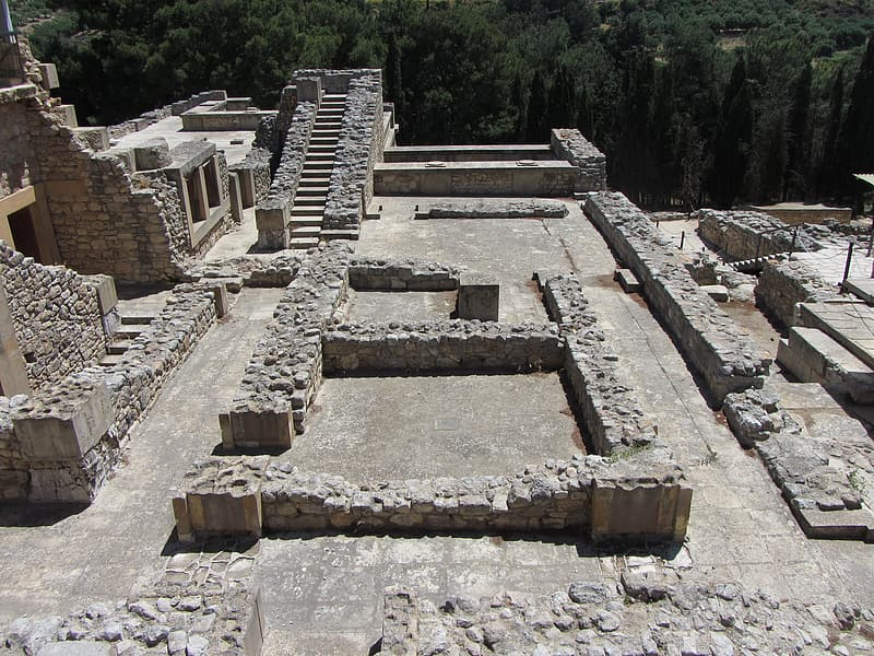 Area view of ruins at daytime