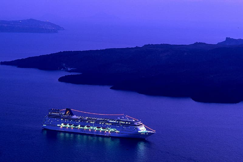 Photo of cruise ship during nighttime