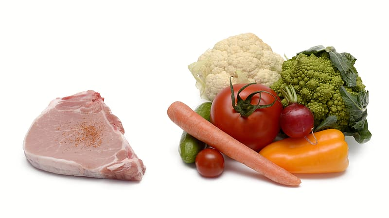 Raw meat and varieties of vegetables