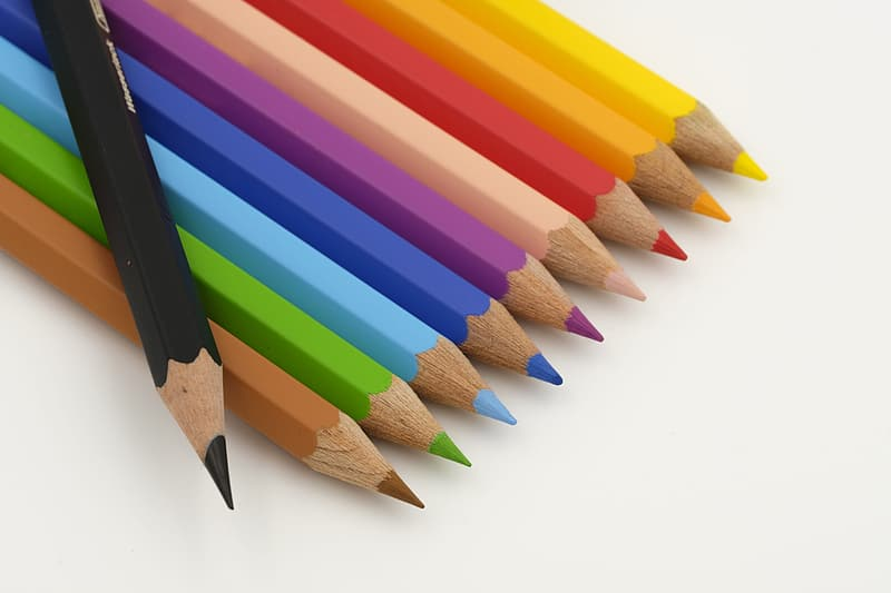Multi color color coloring pencils