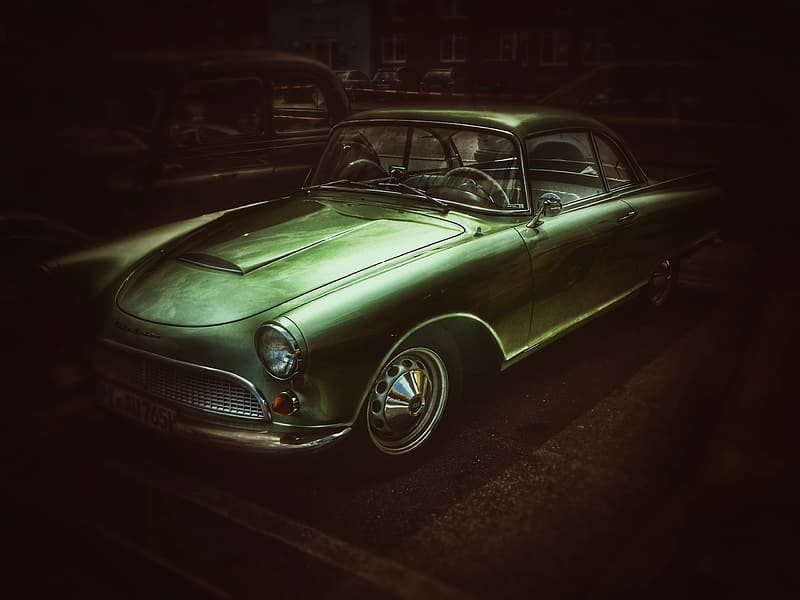 Photo of classic green coupe