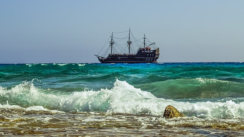 Brown galleon ship during daytime