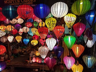 Assorted balloon lanterns
