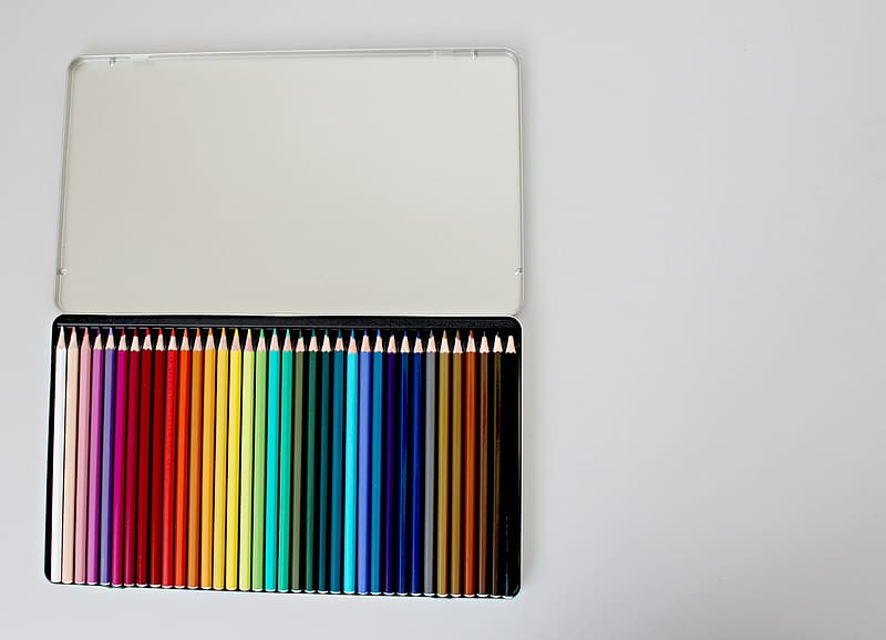 Assorted-colored pencils lot in metal case