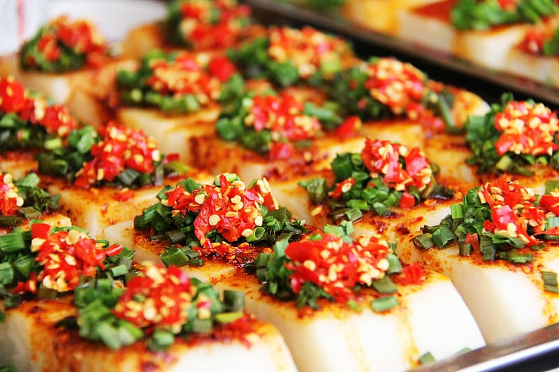 Cooked scallops with seasonings