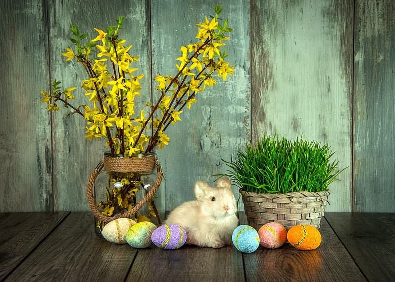 Bunny between potted plants and easter eggs decor set