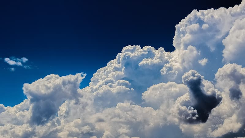 White cloud in blue sky during daytime
