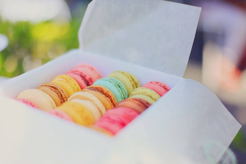 Macro photography of macaroons