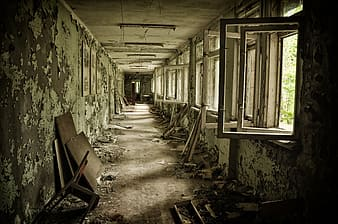 Photo of empty wrecked building