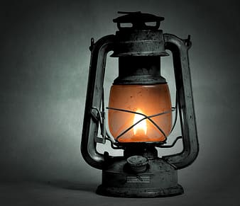 Selective photography of kerosene lantern