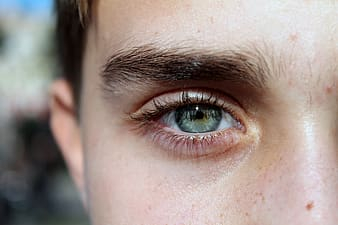 Photo of person's green eyes