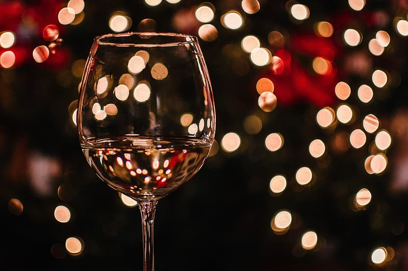 Close-up photography of wine glass