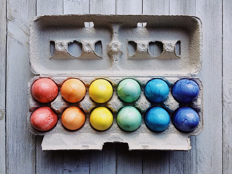 Assorted-color eastern egg lot with tray