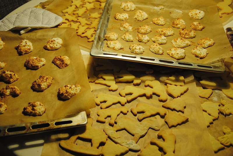 Brown cookies on stainless steel tray