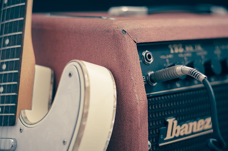 Brown and white guitar amplifier