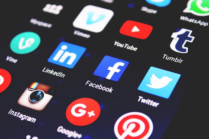 Social media apps icons on phone
