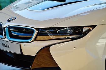 White and brown car in close up photography