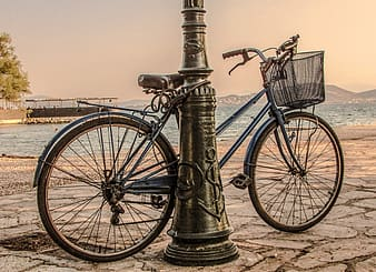Blue and brown bicycle during daytime