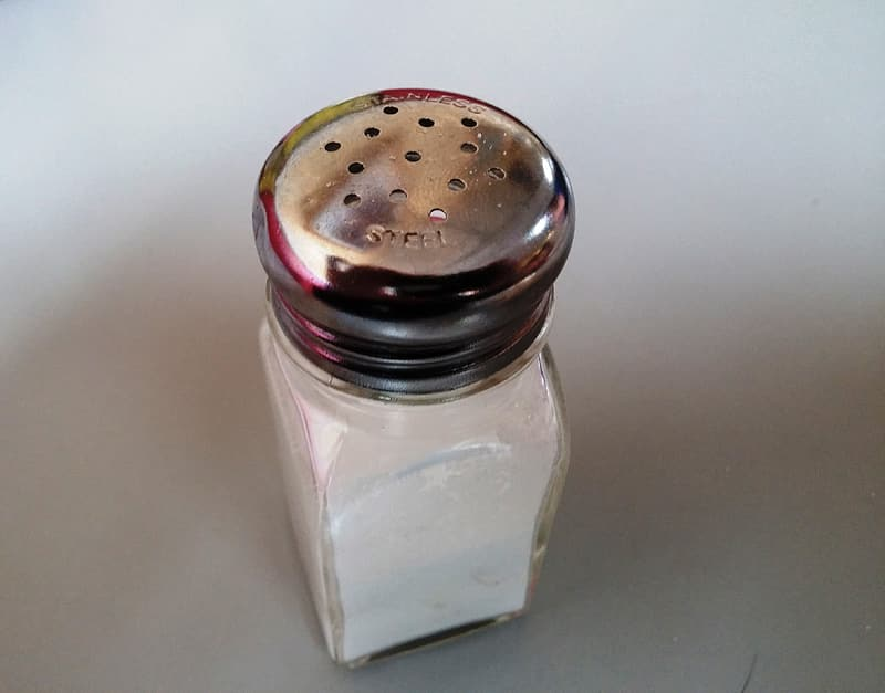 Clear glass condiment shaker
