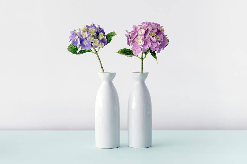 Two milk glass vase with flowers | Pikrepo