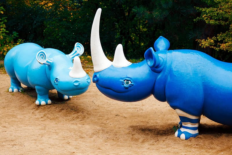 Blue and white elephant statue