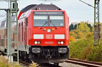 Photo of red DB 245 003 train