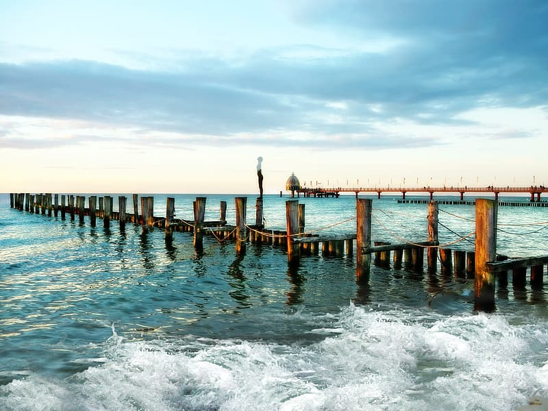 Photo of sea dock during daytime