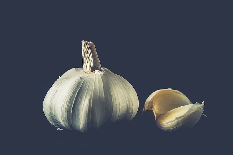 Two clove and garlic and whole garlic