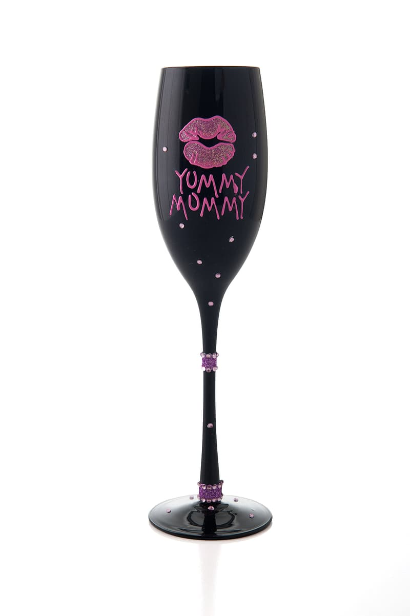 Black and pink Yummy Mommy wine glass