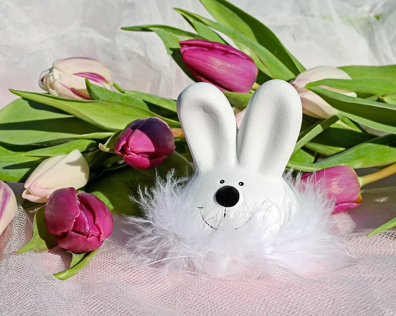 White rabbit head figurine