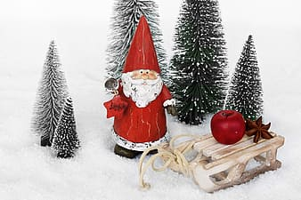 Santa Cluase ceramic figurine