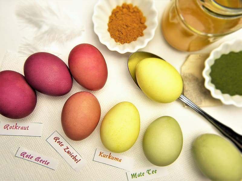 Assorted-color eggs