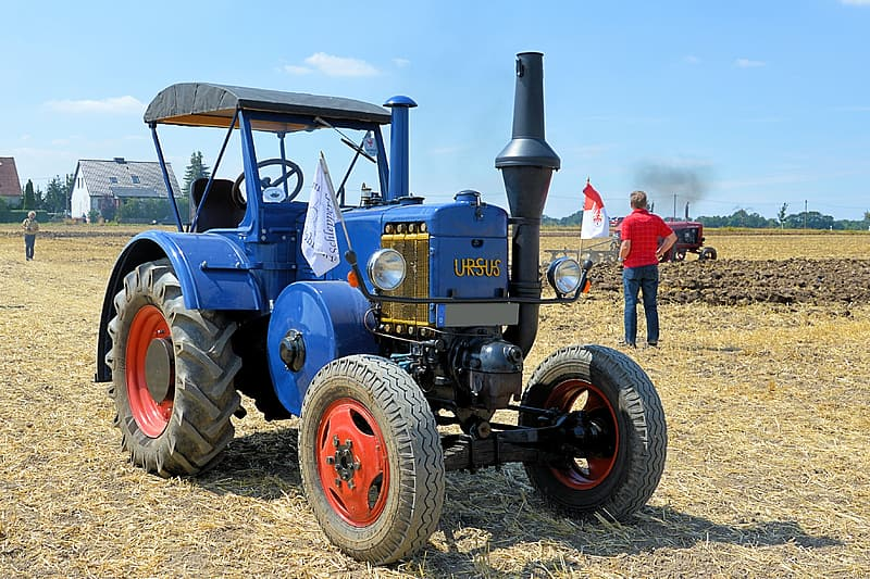 Tractor, Historically
